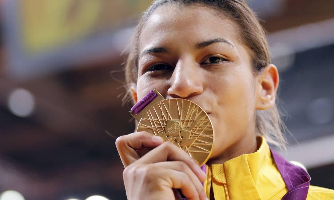 A judoca Sarah Menezes ganhou o primeiro dos três ouros do Brasil em Londres Foto: Reuters