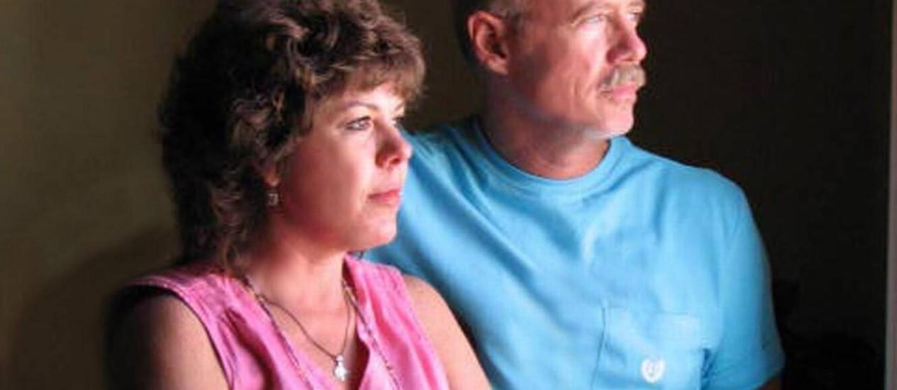 Duas gerações: tanto Susan como William Bailey têm diploma universitário, mas lidam com dificuldades muito maiores que as enfrentadas pelos pais dela para custear o estudo dos filhos Foto: Arquivo pessoal