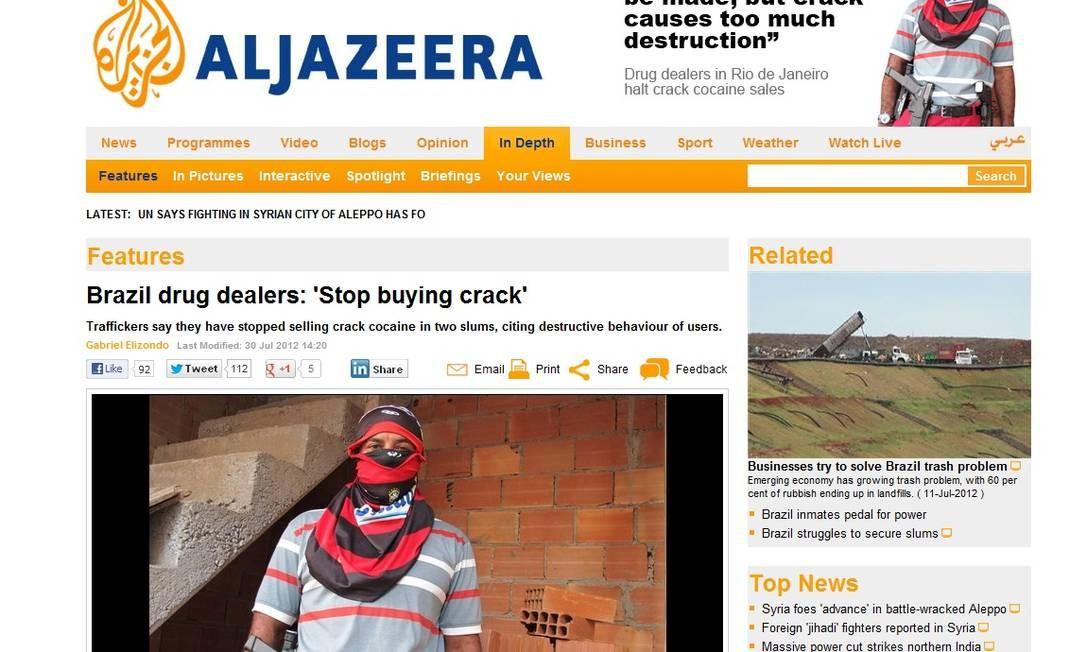 A matéria do site da TV árabe Al-Jazeera, que que aparece o traficante identificado como Rodrigo Foto: Reprodução da internet