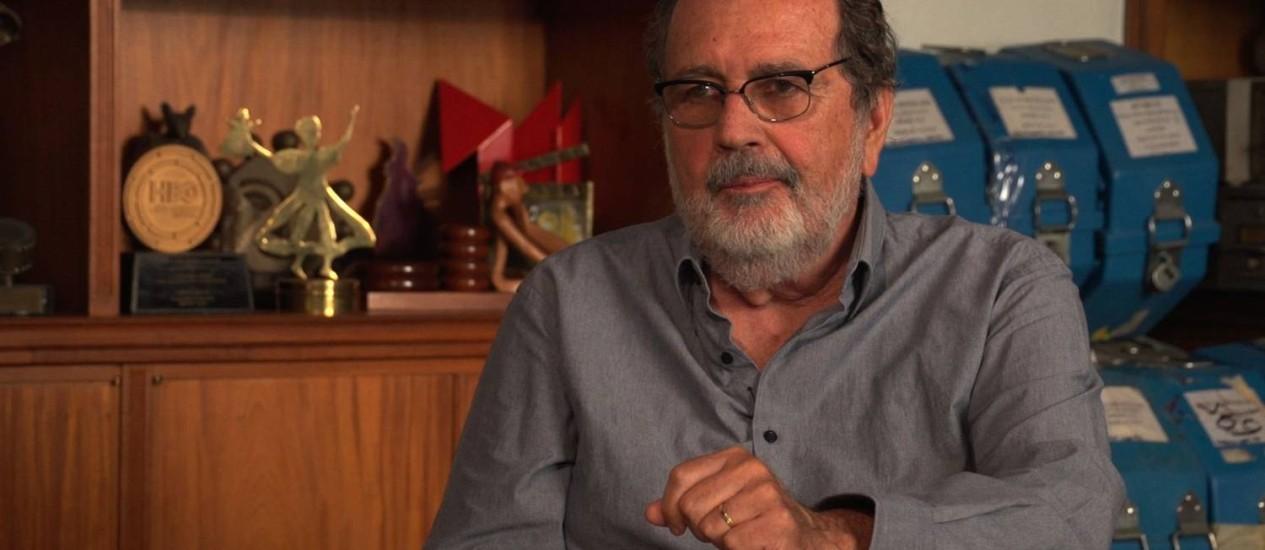 Cacá Diegues grava depoimento de apoio à reeleição de Paes Foto: Divulgação / ASCOM Paes