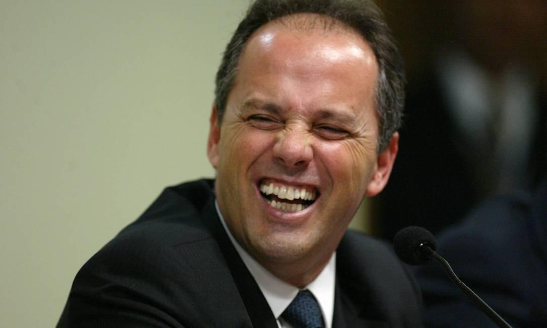 Ex-tesoureiro do PL Jacinto Lamas durante depoimento á CPMI do mensalão Foto: O Globo / Ailton de Freitas 16.08.2005