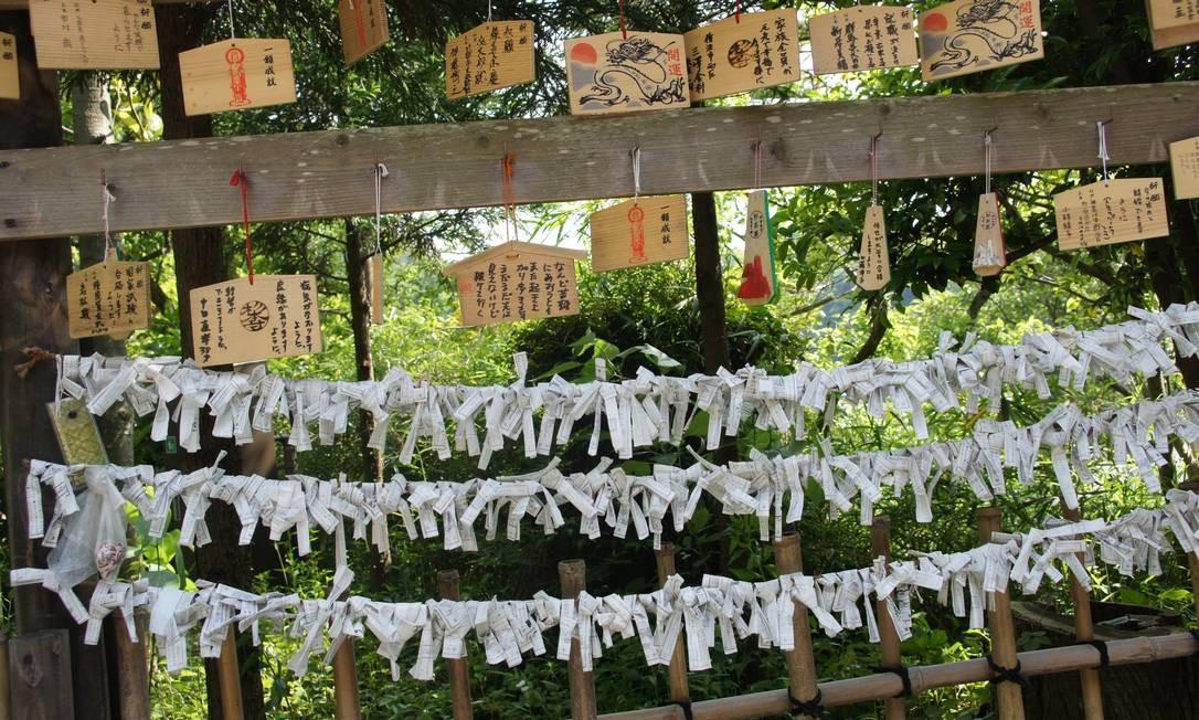 Detalhes dos templos de Kamakura Foto: Claudia Sarmento / O Globo