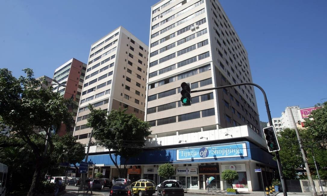 3e04484e8 Começam as obras de recuperação do Tijuca Off Shopping - Jornal O Globo
