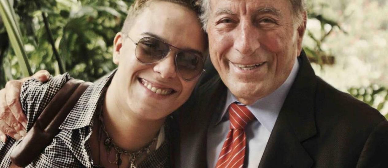 Maria Gadú e Tony Bennett durante a gravação de 'Viva duets' Foto: Divulgação