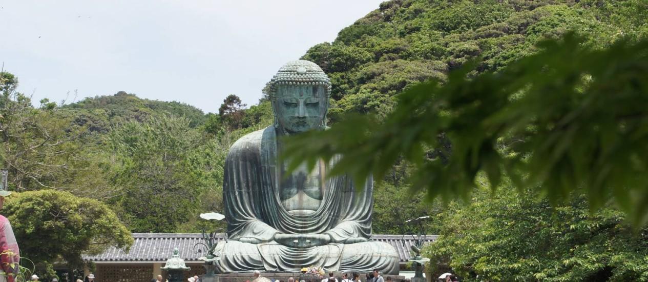 Buda gigante. Estátua de bronze de 13,5 metros, erguida em 1252 e resistente a tufões, terremotos e tsunamis Foto: Claudia Sarmento / O Globo