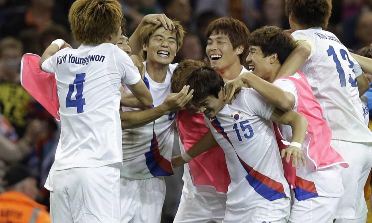 Coreanos derrotaram a Grã-Bretanha nos pênaltis por 5 a 4, após empate em 1 a 1 no tempo normal e na prorrogação Foto: AP