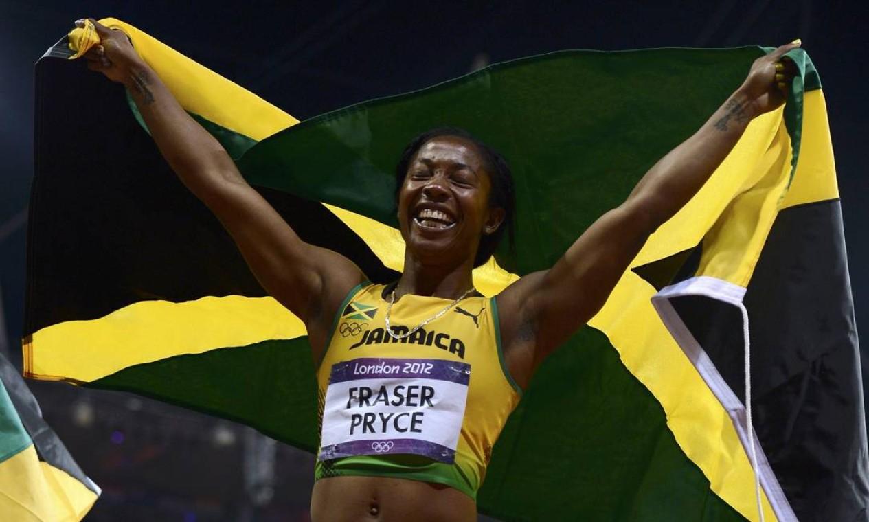 Toda a alegria da jamaicana Fraser-Pryce, bicampeã olímpica dos 100m Foto: Reuters
