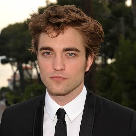 Robert Pattinson fez sua primeira aparição pública depois da traição de Kristen Stewart ser revelada Foto: Reprodução da internet
