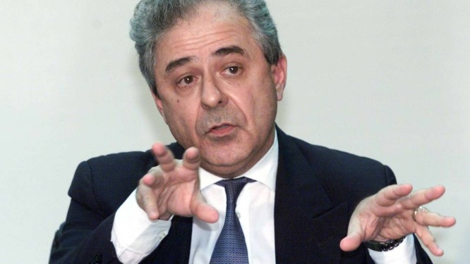 Consultoria jurídica. Segundo a PF, Brindeiro se encontrou com o braço direito de Cachoeira Foto: Roberto Stuckert Filho