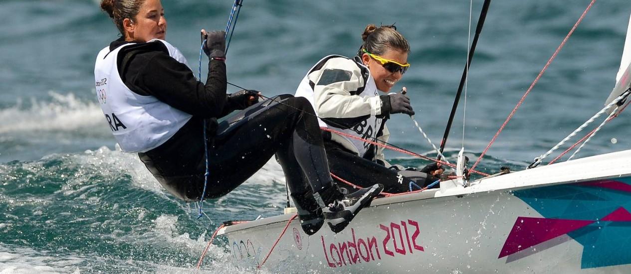 Ana Barbachan e Fernanda Oliveira seguem em busca da medalha de bronze Foto: William WEST / AFP