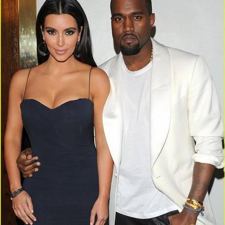 Kanye West escreve música para Kim Kardashian Foto: Reprodução/Just Jared
