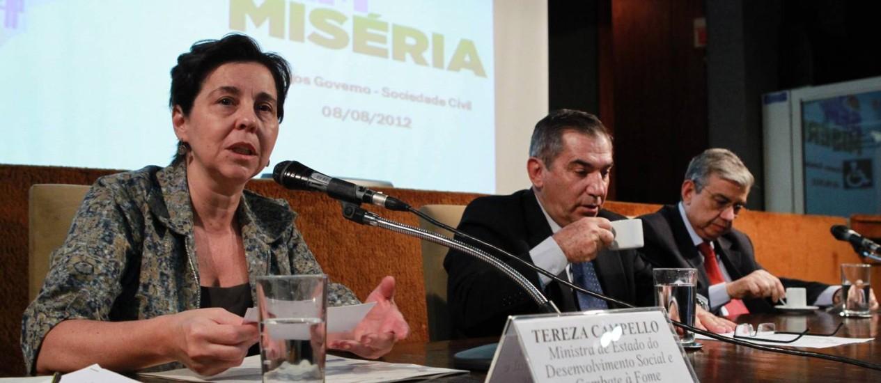 Ministra Tereza Campello participa do balanço do Programa Brasil sem Miséria Foto: O Globo / Givaldo Barbosa