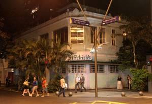O prédio onde funciona o St Patrick's, na Ataulfo de Paiva com Rainha Guilhermina Foto: Domingos Peixoto / O Globo