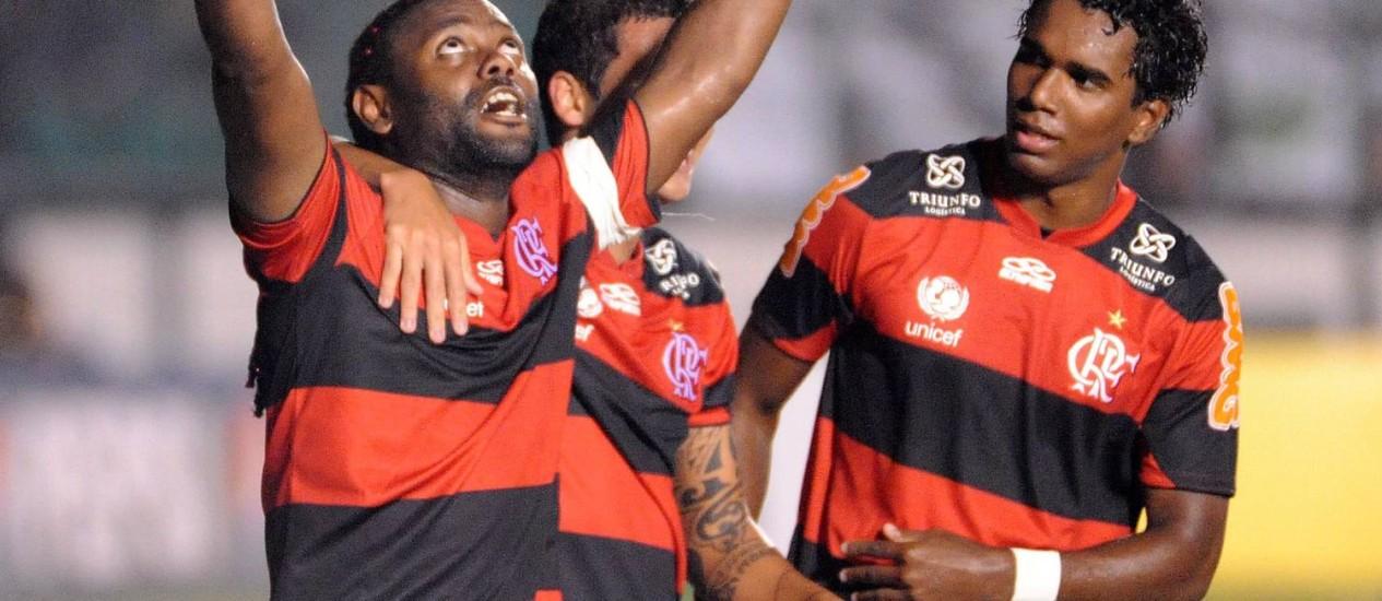 Vágner Love comemora primeiro gol do Flamengo Foto: Divulgação / Flaimagem
