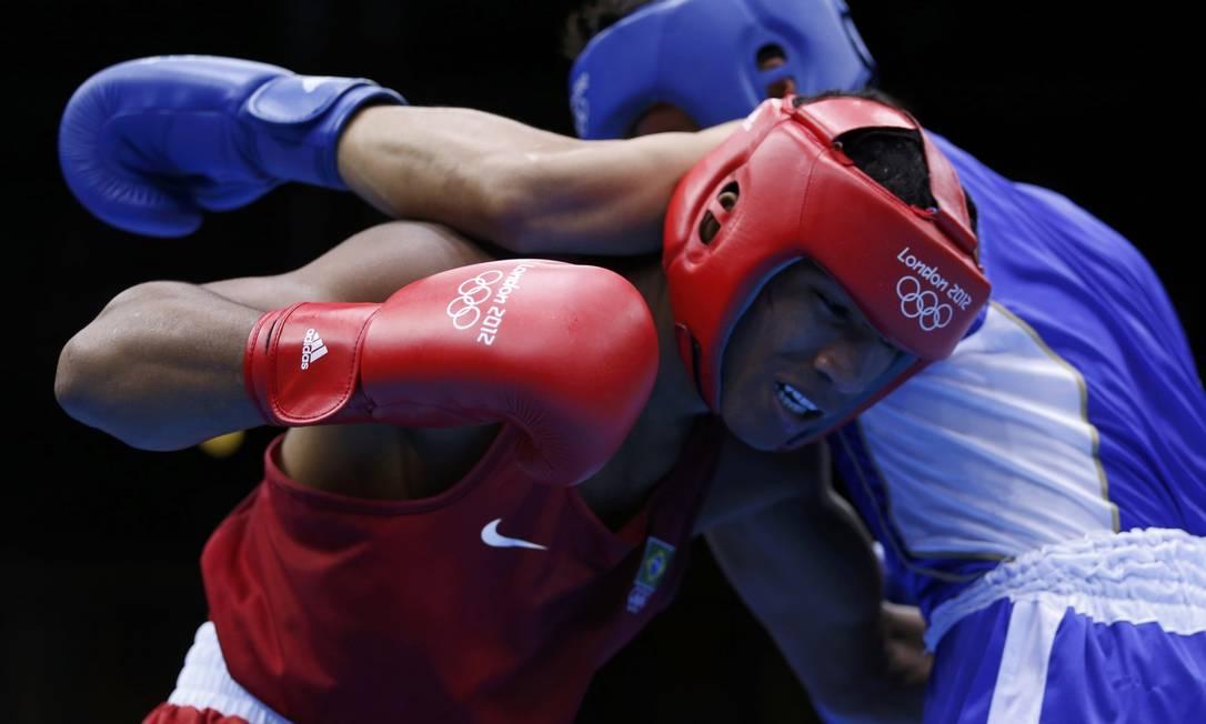 O brasileiro Esquiva Falcão perdeu para o japonês Ryota Murata na final do boxe olímpico Reuters