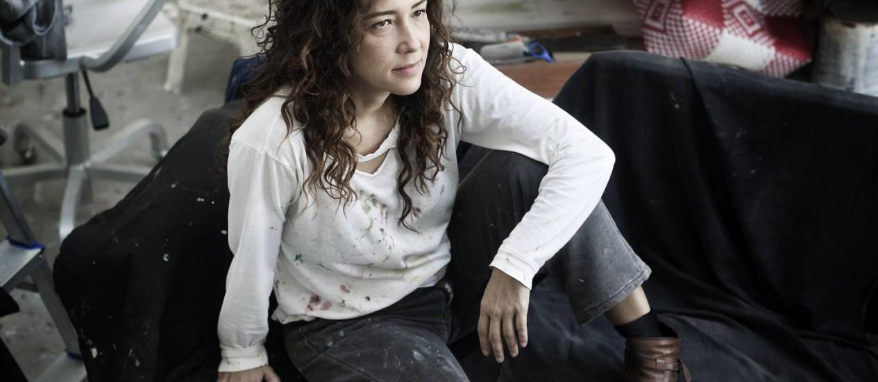 A artista Adriana Varejão está no topo do ranking de latino-americanos mais caros em leilões em 2011 Foto: Divulgação / Daryan Dornelles