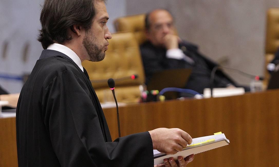 O advogado Pierpaolo Bottini, que defende o ex-deputado Professor Luizinho André Coelho / O Globo