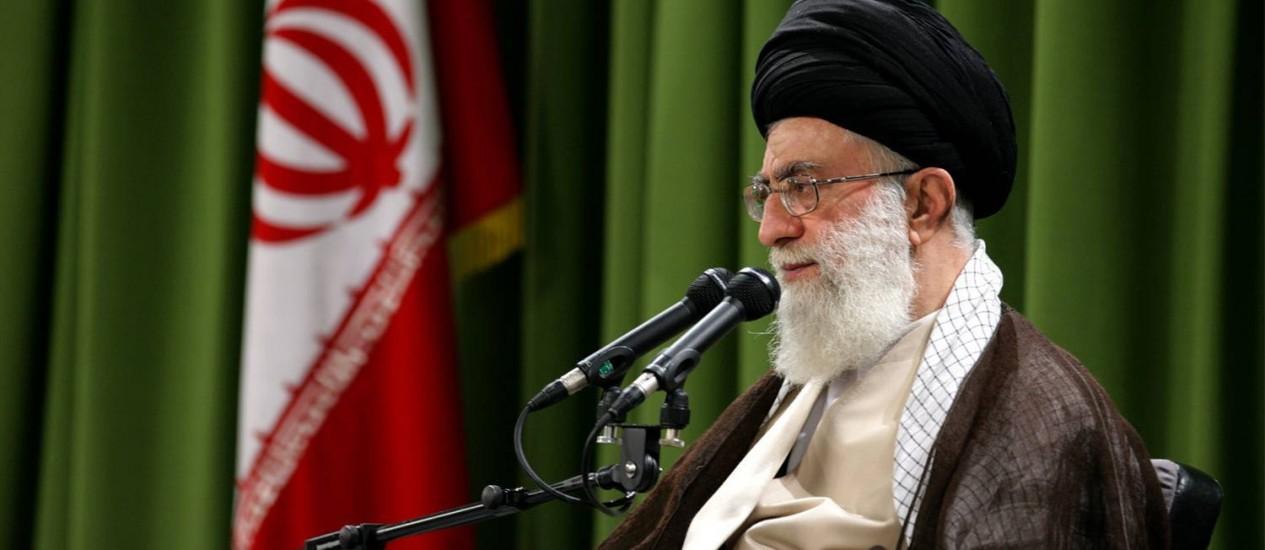 Líder supremo iraniano, Ali Khamenei, em evento em 2009 Foto: IRANIAN SUPREME LEADER'S WEBSITE / AFP