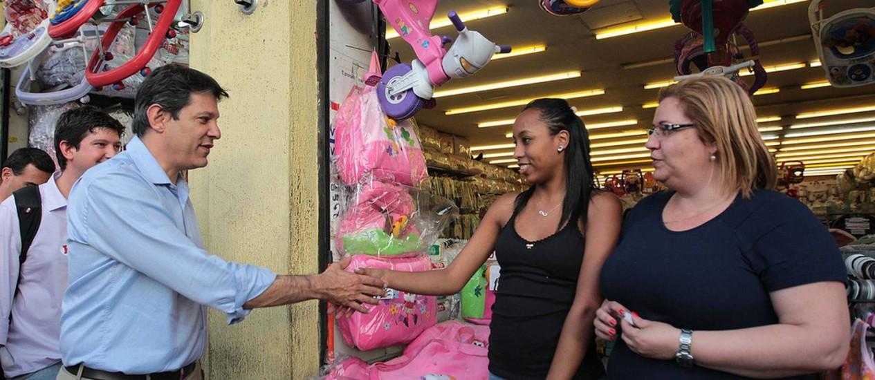 Fernando Haddad visita o Mercado Municipal de Pinheiros Foto: Divulgação