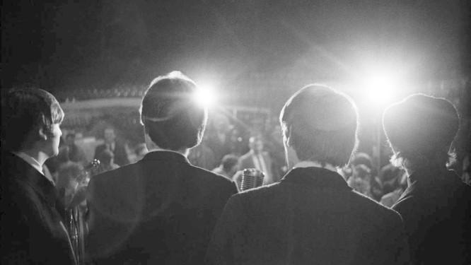 Os Beatles inspiram obra literária Foto: Mike Mitchell/Christie's Images