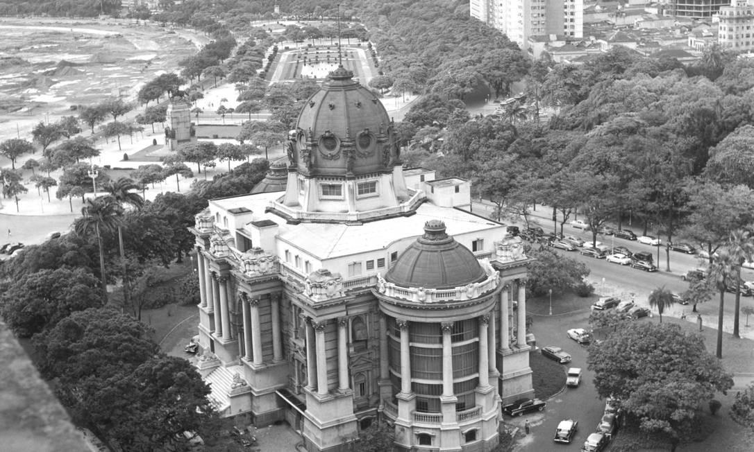 O oitavo e último volume contará a história da invenção da metrópole, nas muitas obras decorrentes do crescimento da cidade Foto: Arquivo O GLOBO