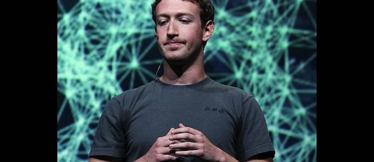 Facebook segue em queda livre a Zuckerberg admite que perder dinheiro dói Foto: AFP