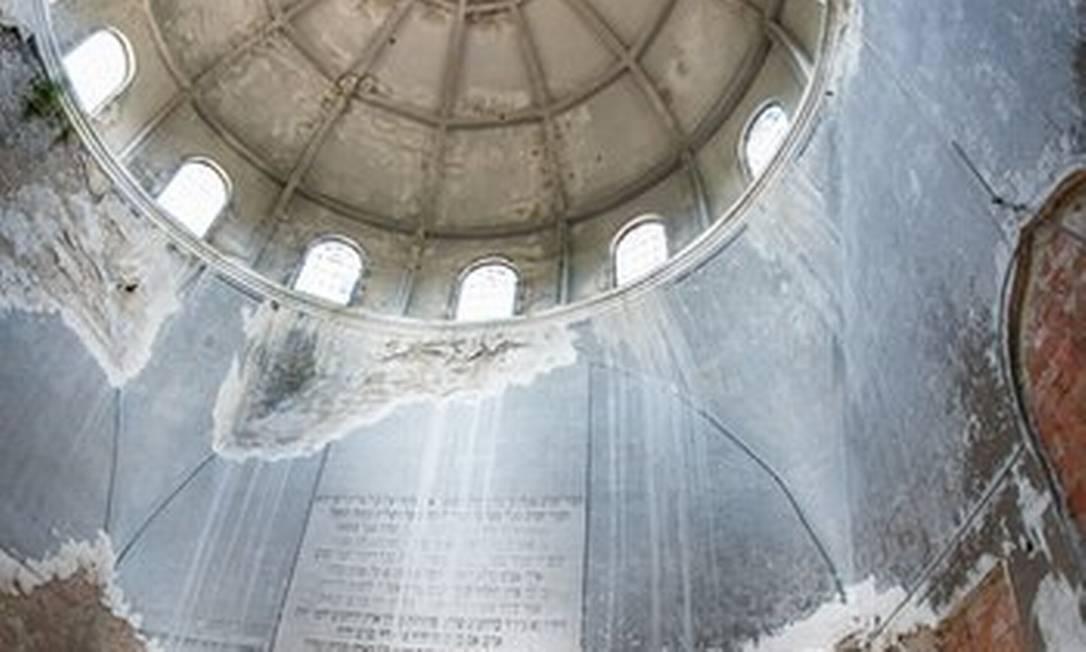 Maksym Khytra fez esta foto de uma sinagoga destruída na Ucrânia Maksym Khytra