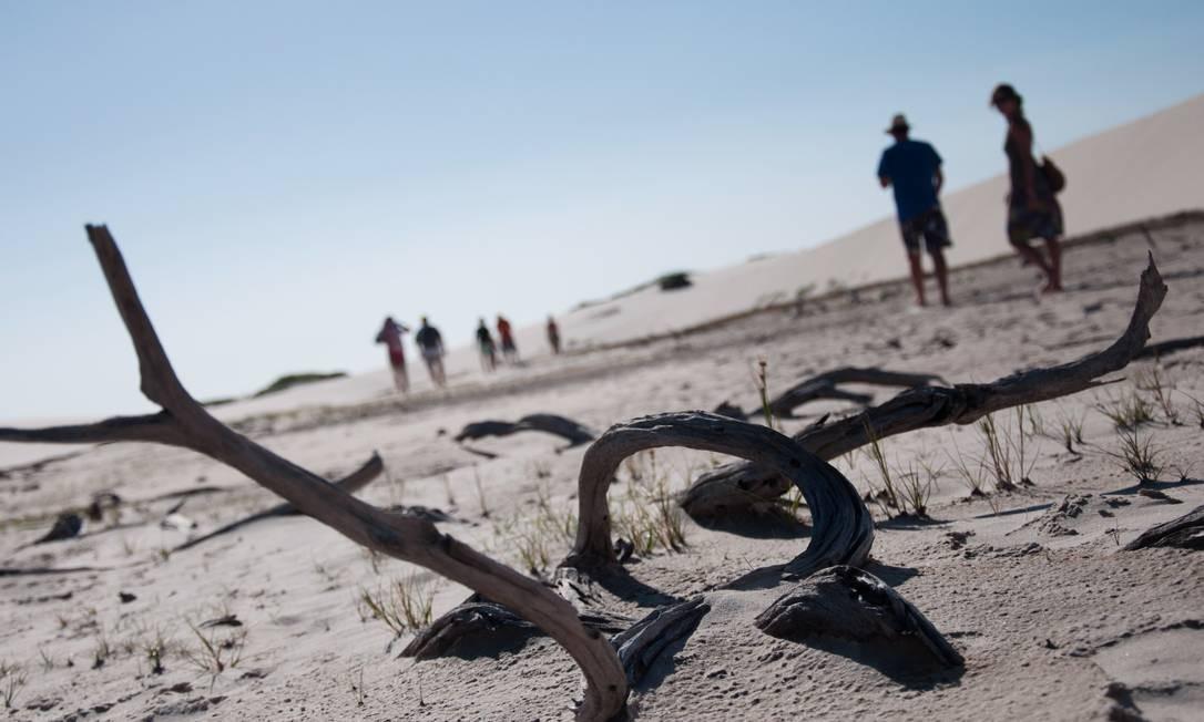 Meses de julho e agosto registram seca nas lagoas dos Lençóis Maranhenses, em Barreirinha Foto: Flávia Milhorance / Agência O Globo