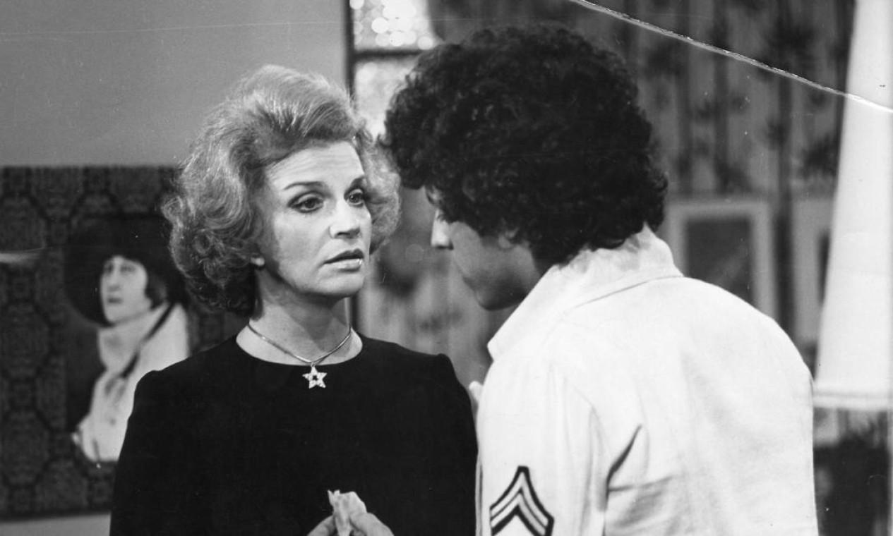 Em 1974, contracenando com o ator Marcos Paulo Foto: Divulgação