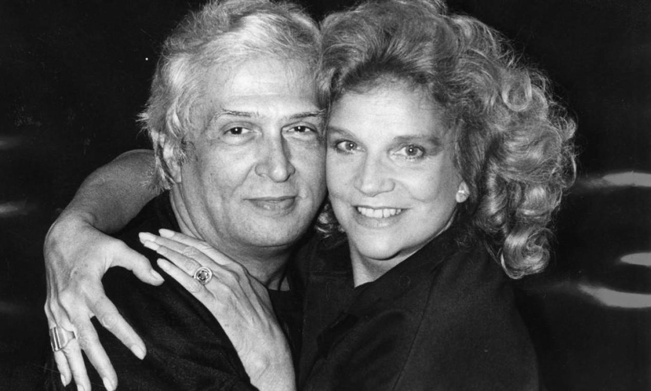 Com Sergio Britto em 1986, ano em que eles contracenaram em 'Quartett', de Heiner Müller, dirigidos por Gerald Thomas Foto: Reprodução