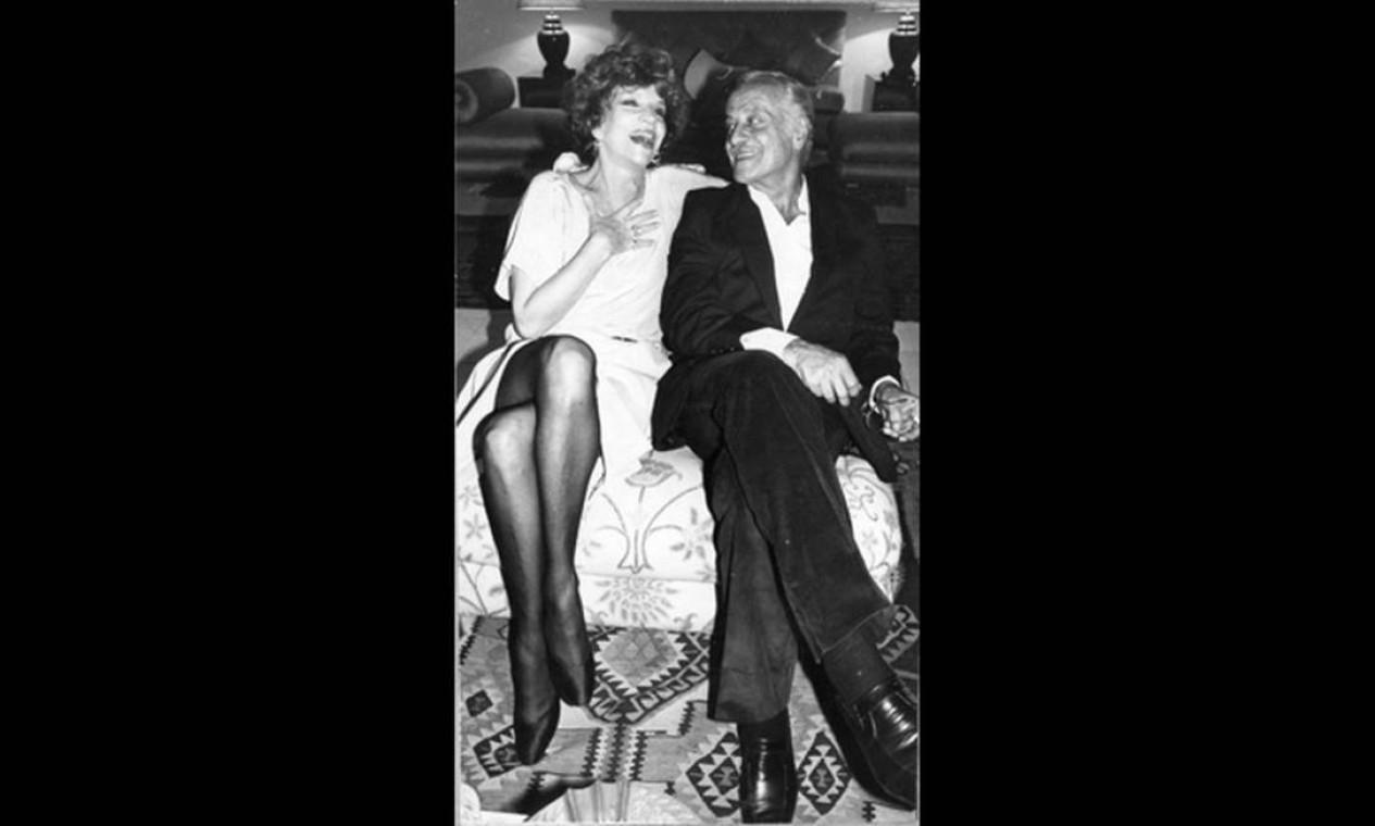 Tonia e Paulo Autran em agosto de 1983. O ator, que também faria 90 anos em setembro, morreu em 2007 Foto: Divulgação