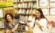 """Sabor literário. A chef Flávia Quaresma e a nutróloga Jane Corona falaram sobre o livro """"Saúde em jogo"""", na Saraiva do Rio Sul"""