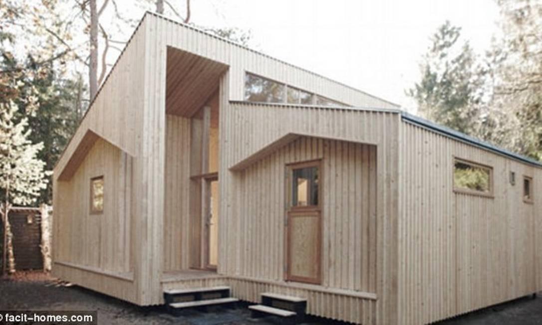 Modelo de habitação é feito com peças de madeira reciclada Foto: Reprodução internet/Daily Mail