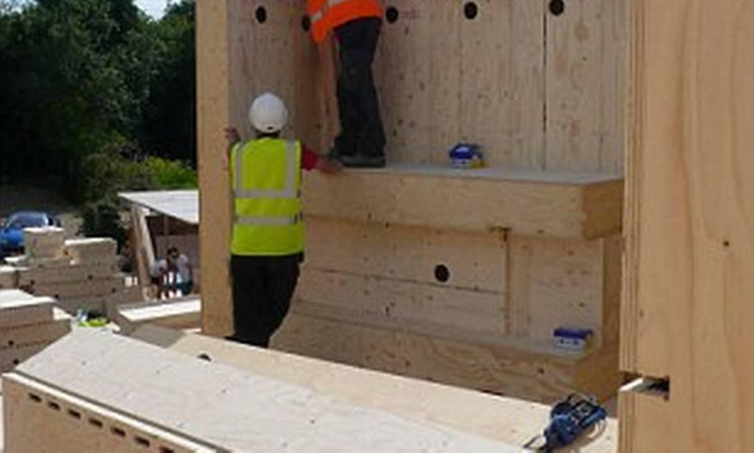 Materiais são leves e fáceis de serem transportados Foto: Reprodução internet/Daily Mail