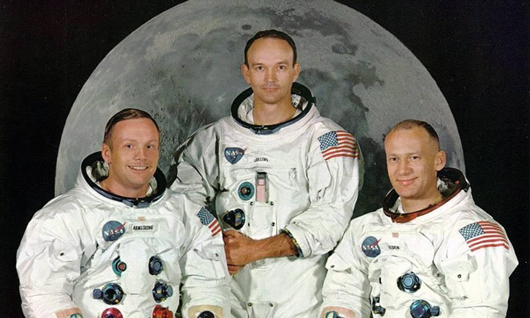 """Junto aos colegas Michael Collins (centro) e Edwin """"Buzz"""" Aldrin (direita), Armstrong (esquerda) aceitou o desafio de chefiar a equipe de astronautas Foto: Handout / Reuters"""