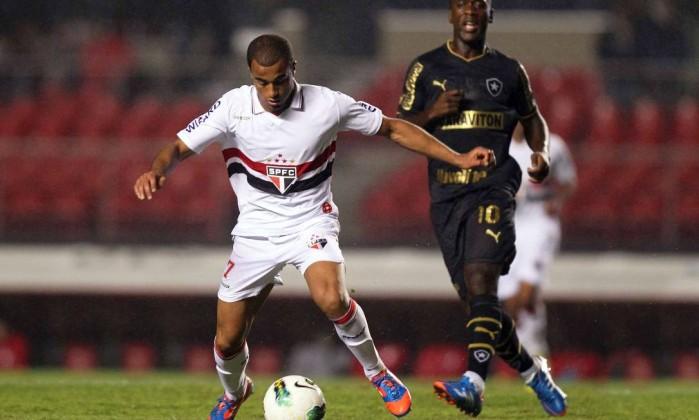 Lucas fez o terceiro gol do São Paulo sobre o Botafogo Divulgação Vipcomm