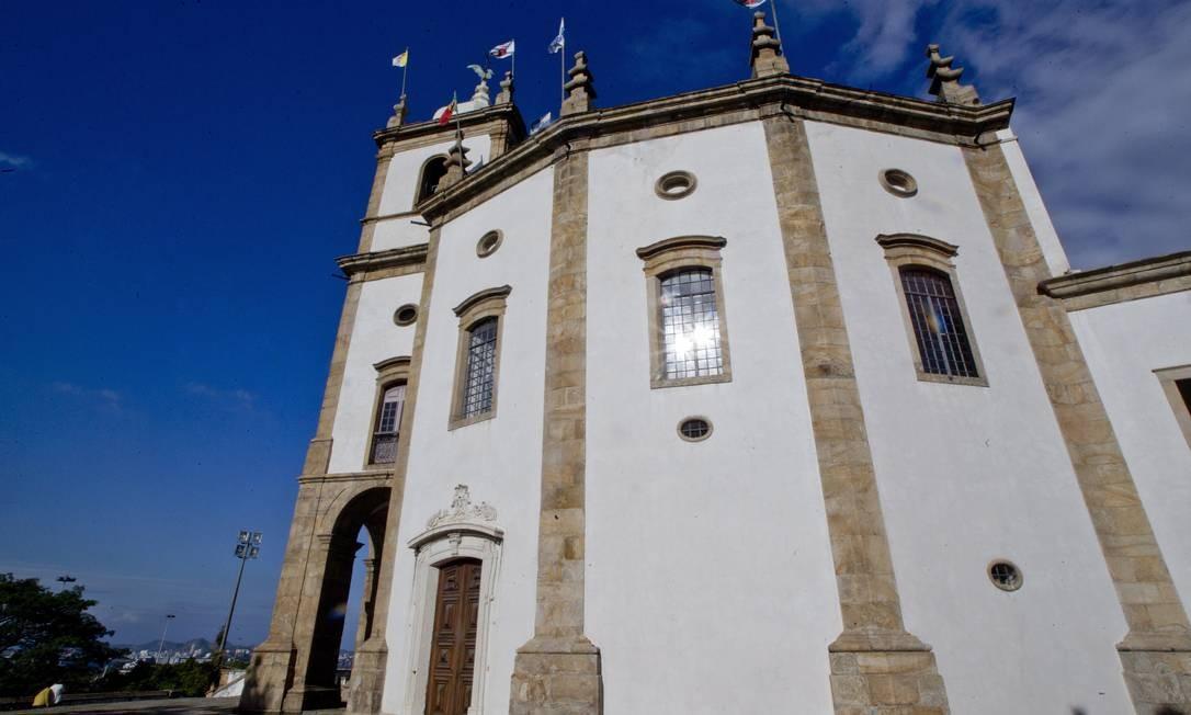 A igreja tem formato de polígono e sua construção teve início em 1714 e fim em 1738 Pedro Kirilos / O Globo
