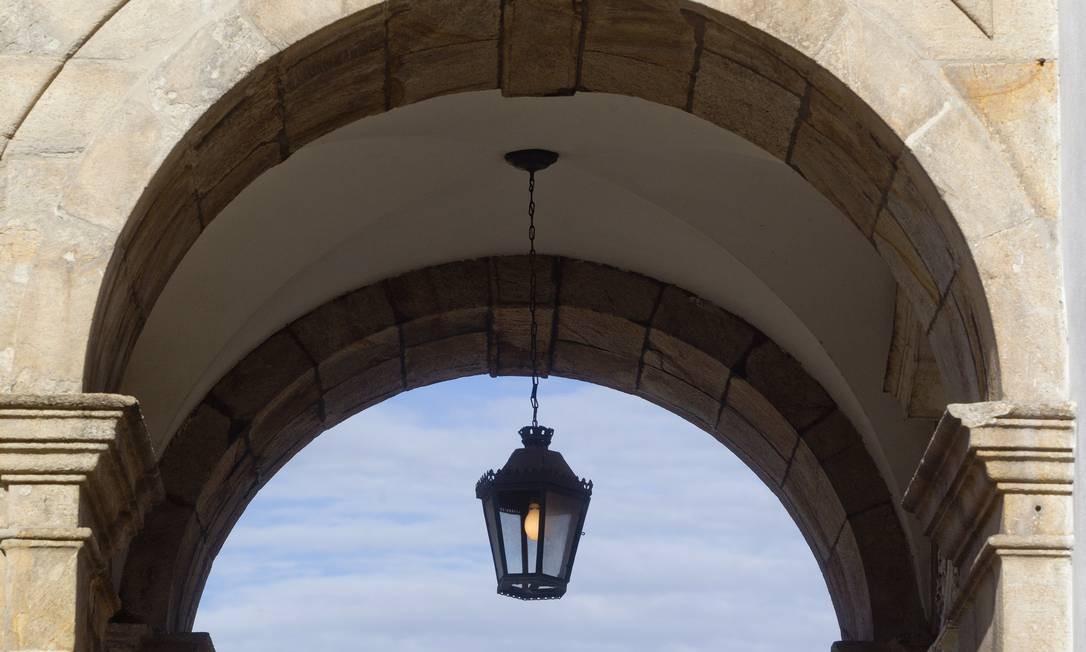 O arco da Igreja da Glória destaca a arquitetura tipica do século XIX Foto: Pedro Kirilos / O Globo