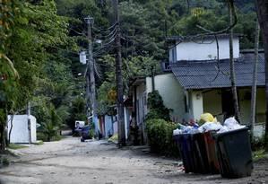 Casas construídas dentro dos limites do Jardim Botânico, que é tombado pelo Iphan Foto: Marcelo Piu / O Globo