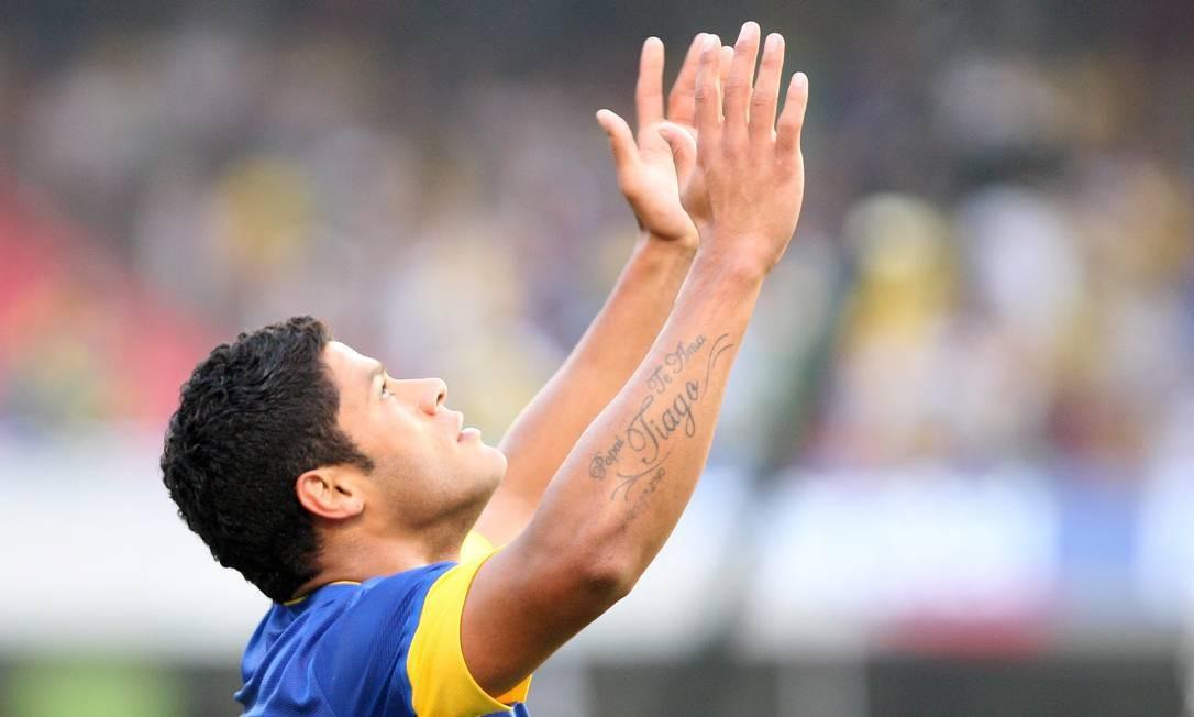 Hulk marcou o gol do Brasil aos 29 minutos do segundo tempo Foto: Marcos Alves / O Globo