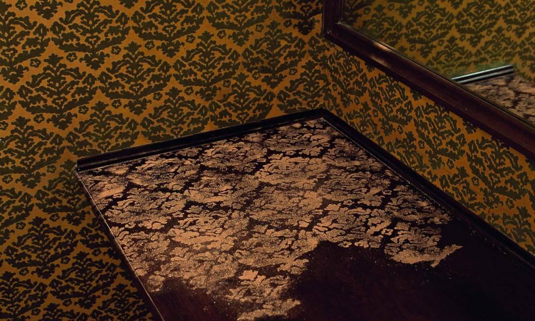 """""""Passagem secreta"""". Trabalho de Brígida Baltar na Fundação Eva Klabin, que está no livro """"Projeto Respiração"""" Foto: Divulgação / Vicente de Mello"""