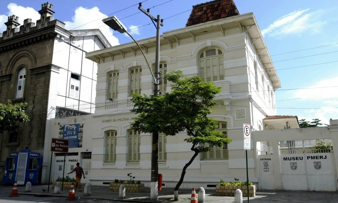 Fachada do Museu da Polícia Militar, na Praça XI, Centro do Rio Foto: André Teixeira / O Globo