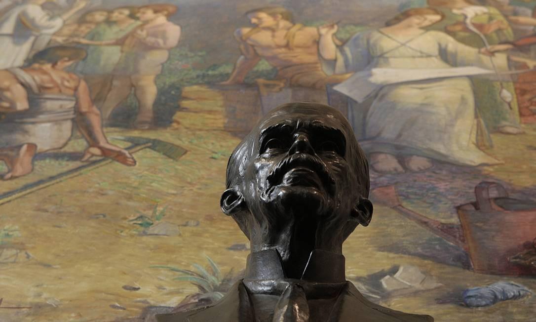 Busto do Ruy Barbosa em exposição no Museu da Justiça Foto: Gustavo Stephan / O Globo
