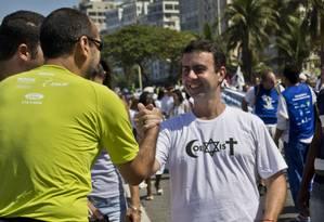 Freixo defende coexistência entre religiões em ato na orla de Copacabana Foto: Divulgação/Viviane Fernandes
