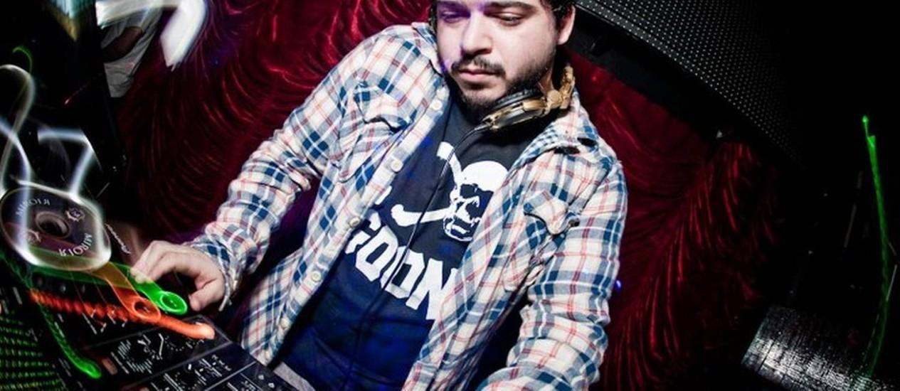 O DJ Darke Mattos está preso, acusado de pedofilia Foto: Divulgação