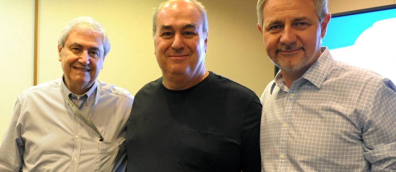 Octávio Florisbal, atual diretor-geral da TV Globo; Roberto Irineu Marinho, presidente das Organizações Globo; e Carlos Henrique Schroder, atual diretor-geral de Jornalismo e Esporte Foto: João Cotta / TV Globo