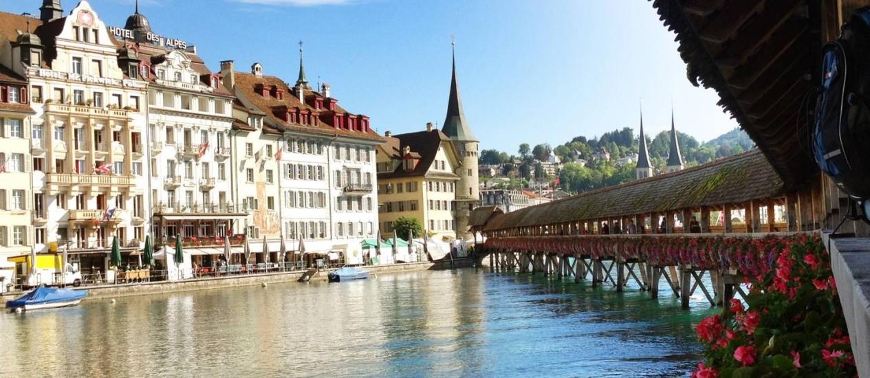 Vista da charmosa Lucerna, na Suíça Foto: Fernanda Dutra / O Globo