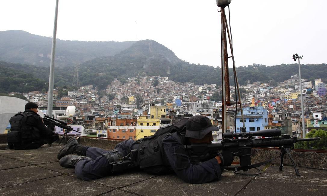 A UPP foi inaugurada dez meses depois do início da ocupação pelas forças de pacificação Foto: Pablo Jacob / O Globo