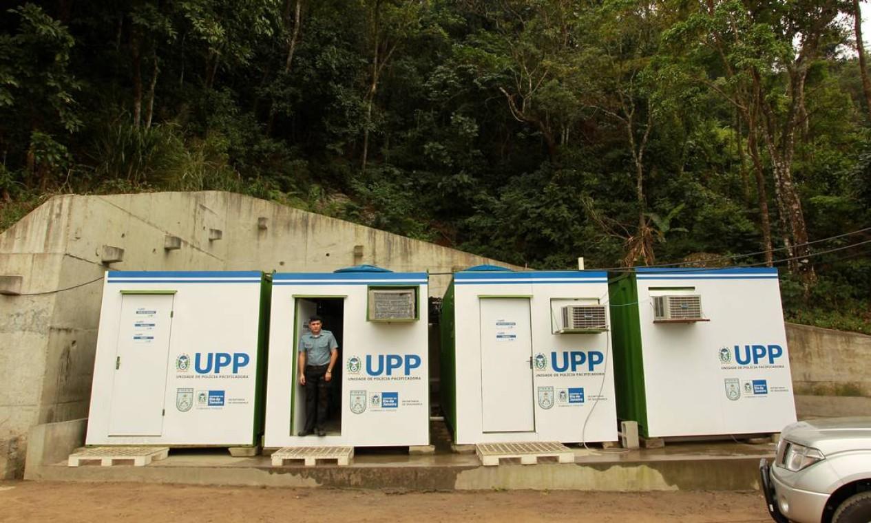 Base da UPP no parque ecológico Foto: Gabriel de Paiva / O Globo