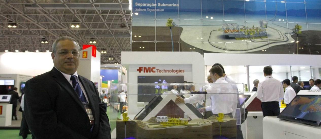 Diretor comercial e de marketing da FMC Technologies, José Mauro Ferreira no estande da companhia na Rio Oil & Gas Foto: Pablo Jacob